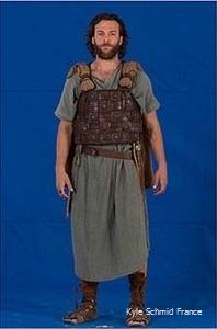 Kyle Schmid @ Saul costume (1)